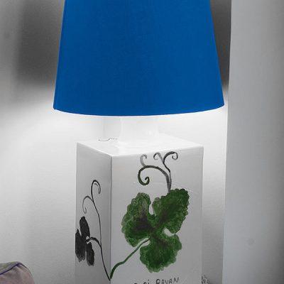 Lampenfuss Wein hinten - Sold